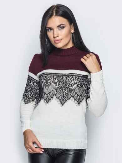 Бело-бордовый свитер с кружевом на полочке и на рукавах - 15991, фото 1 – интернет-магазин Dressa