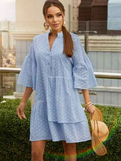 Свободное платье из прошвы с воротником-стойкой голубое 54136, фото 1