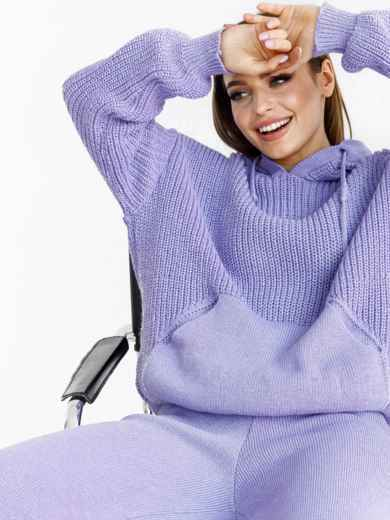 Вязаный фиолетовый костюм из кофты с капюшоном и брюк 52923, фото 1