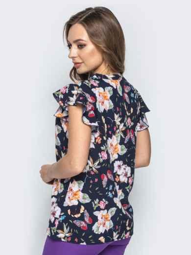 Тёмно-синяя блузка с цветочным принтом и оборками на рукавах - 21744, фото 2 – интернет-магазин Dressa