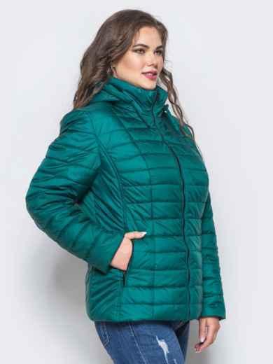 Изумрудная демисезонная куртка батал с съемным капюшоном - 14714, фото 2 – интернет-магазин Dressa