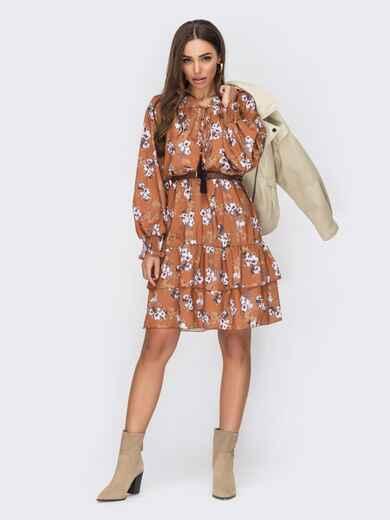 Платье-трапеция в цветочный принт с оборками по низу оранжевое 53495, фото 1