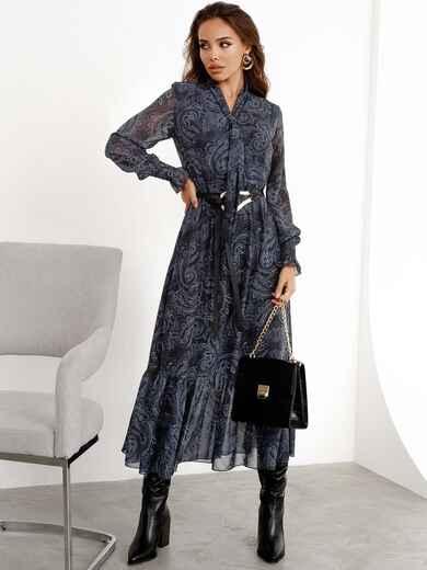 Расклешенное платье с принтом и воланом по низу графитовое 52469, фото 1