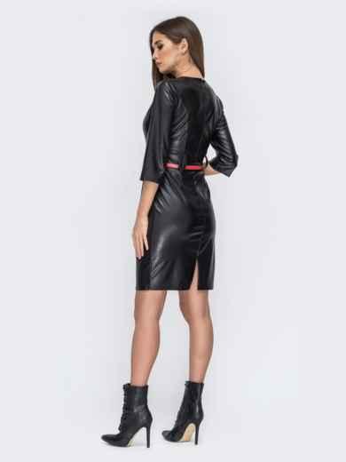 Чёрное платье из эко-кожи с разрезом сзади 44244, фото 3