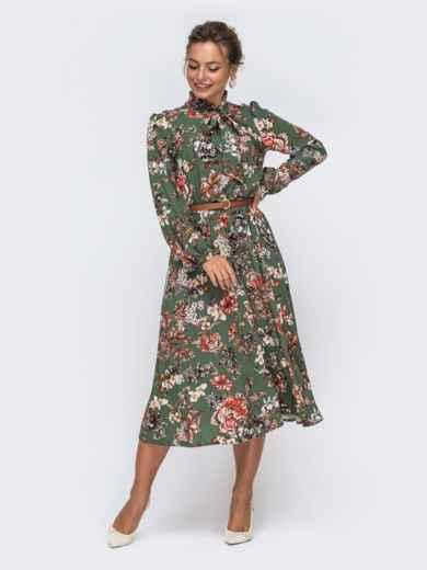 Платье цвета хаки с цветочным принтом и воротником-аскот 50629, фото 3