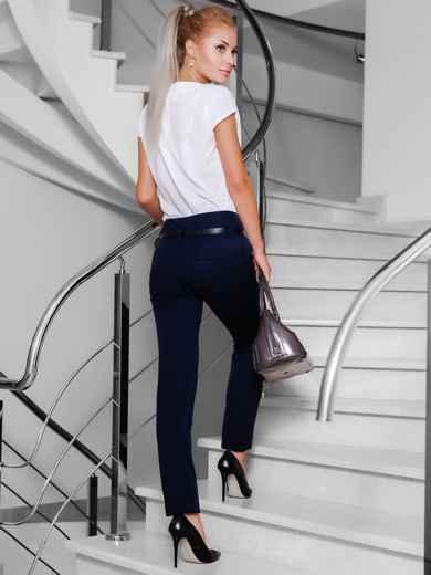 Брюки с карманами-обманками сзади темно-синие - 10303, фото 2 – интернет-магазин Dressa