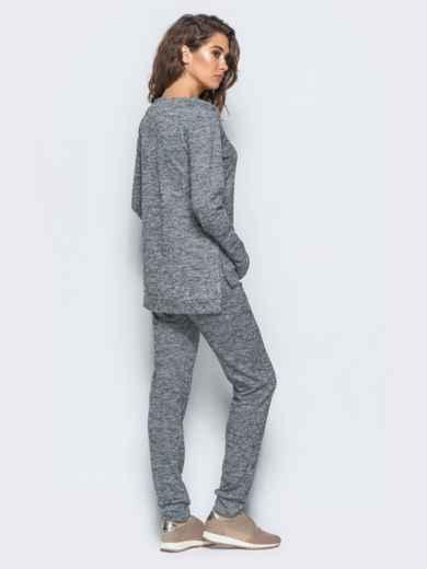 Комплект серого цвета из ангоры с термонаклейкой на кофте - 17357, фото 2 – интернет-магазин Dressa