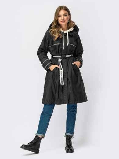 Демисезонная куртка с капюшоном и поясом черная 54980, фото 2
