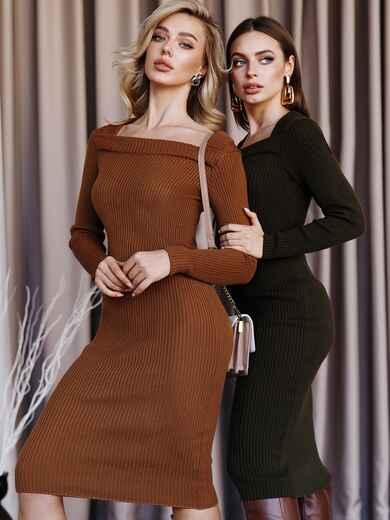 Вязаное платье коричневого цвета с фигурным вырезом 52907, фото 1