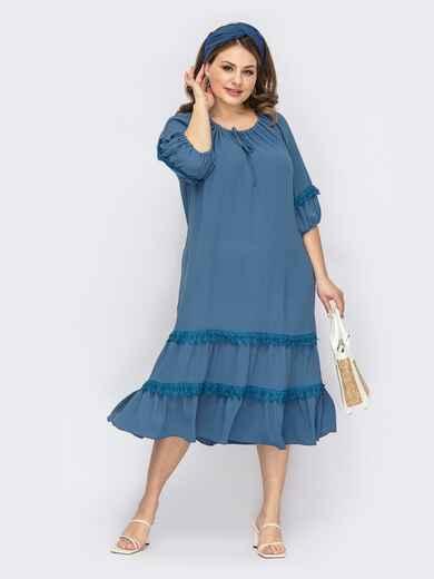 Голубое платье батал с кулиской по горловине и кружевом 53821, фото 1