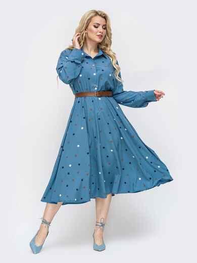 Расклешенное платье-рубашка батал из софта в горох голубое 50920, фото 1