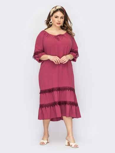 Розовое платье батал с кулиской по горловине и кружевом 53822, фото 1