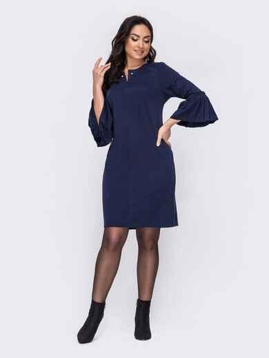 Тёмно-синее платье батал с широким воланом на рукавах 52727, фото 1