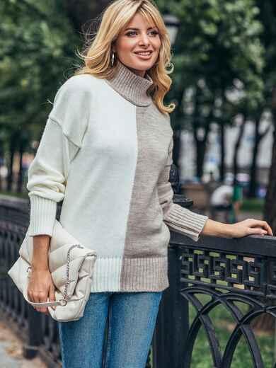 Бежевый вязаный свитер с высоким воротником 50712, фото 1