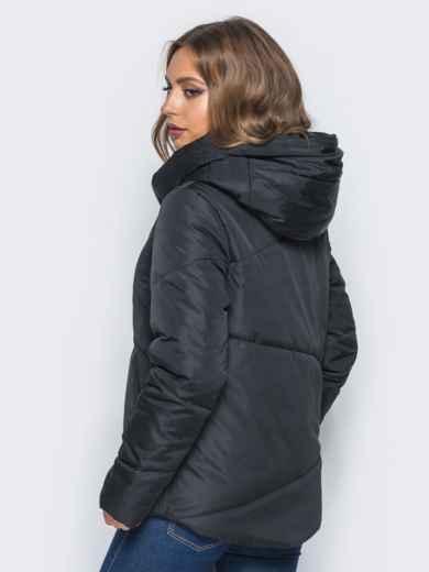 Стёганая куртка с капюшоном и объемными карманами черная 14698, фото 3