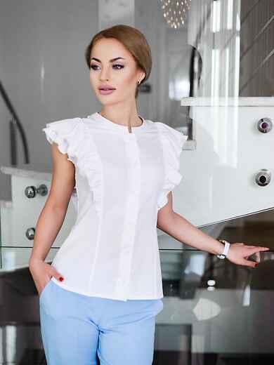 Легкая блузка с планкой и мягкой оборкой - 10239, фото 1 – интернет-магазин Dressa