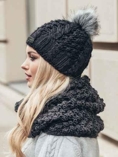 Черная зимняя шапка узорной вязки с бубоном - 15353, фото 3 – интернет-магазин Dressa
