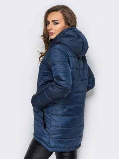 Тёмно-синяя куртка с капюшоном и нашивками спереди - 15163, фото 3 – интернет-магазин Dressa