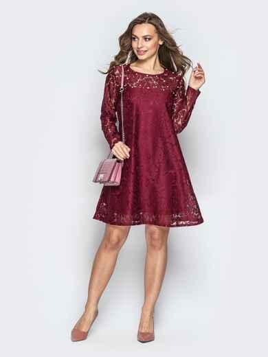 Гипюровое платье-трапеция с жемчужинами на кокетке бордовое 20603, фото 1