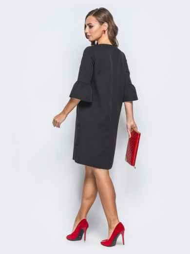 Платье черного цвета с объемной рюшей сбоку - 17972, фото 3 – интернет-магазин Dressa