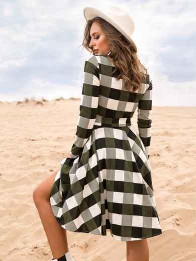 Платье в клетку цвета хаки с расклешенной юбкой - 41597, фото 3 – интернет-магазин Dressa