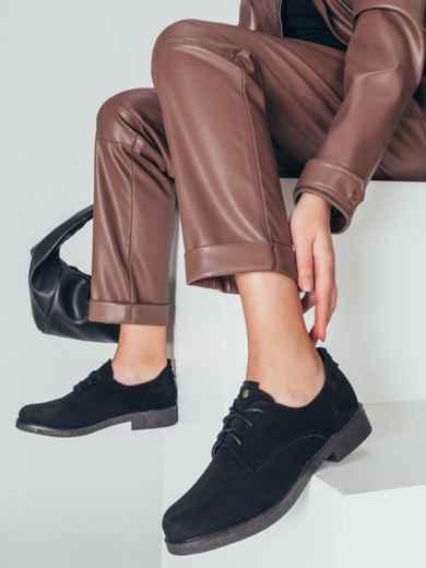 Чёрные туфли на низком ходу со шнуровкой 50585, фото 1