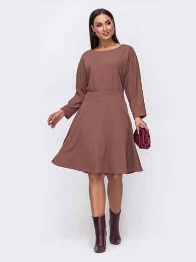 Расклешенное платье батал с цельнокроеным рукавом бежевое 51496, фото 1