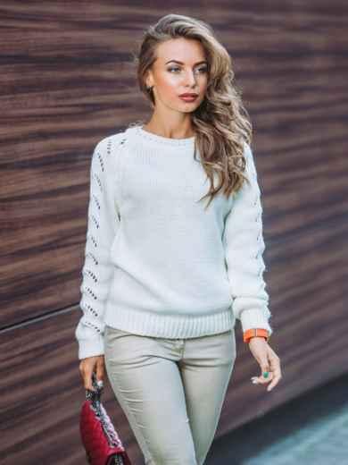 Свитер белый с перфорацией на рукавах - 13009, фото 2 – интернет-магазин Dressa