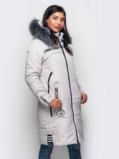Зимняя куртка белого цвета с мехом на капюшоне 15201, фото 1