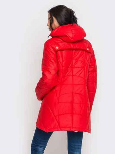 Зимняя куртка красного цвета с удлиненной спинкой - 15195, фото 3 – интернет-магазин Dressa