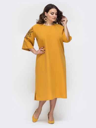 Свободное платье батал с вышивкой на рукавах желтое 45187, фото 1