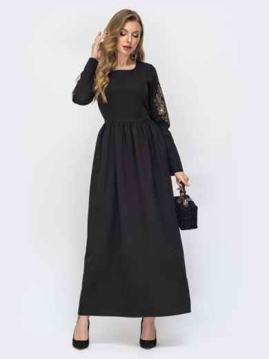 Чёрное платье-макси с вышивкой по рукаву 44872, фото 1