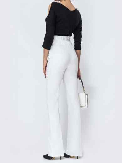 Белые брюки-клёш с высокой посадкой - 44074, фото 3 – интернет-магазин Dressa