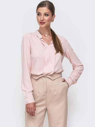 Блузка прямого кроя с воротником-стойкой пудрового цвета 49641, фото 1