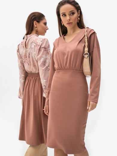 Обтягивающее платье из джерси с треугольным вырезом пудровое 51268, фото 1