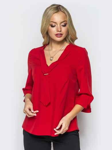 Легкая красная блузка с пришитым украшением на полочке 16865, фото 1