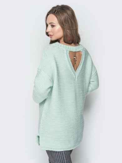 Голубой свитер oversize с вырезом по спинке и украшением - 19328, фото 3 – интернет-магазин Dressa