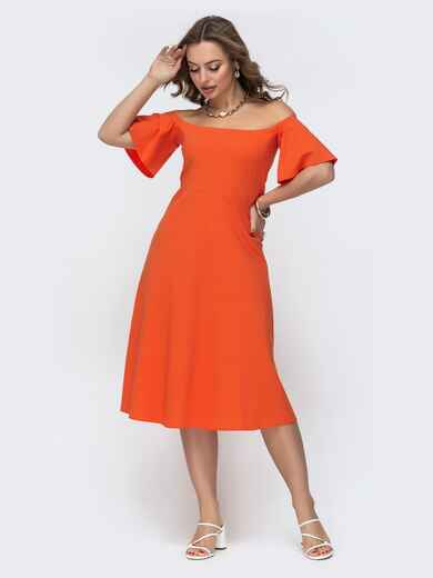 Оранжевое платье с открытыми плечами и рукавом-колокол 47452, фото 1