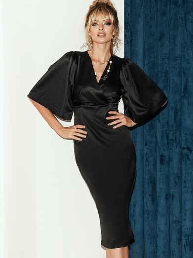 Чёрное платье-футляр из атласа с расклешенными рукавами 51787, фото 1