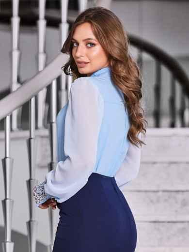 """Голубая блузка с вырезом """"замочная скважина"""" - 40070, фото 3 – интернет-магазин Dressa"""