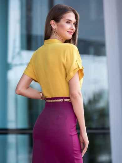 Блузка желтого цвета с накладными карманами - 40102, фото 2 – интернет-магазин Dressa