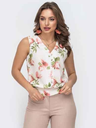 Белая блузка с принтом и вафельной оборкой по низу - 46891, фото 2 – интернет-магазин Dressa