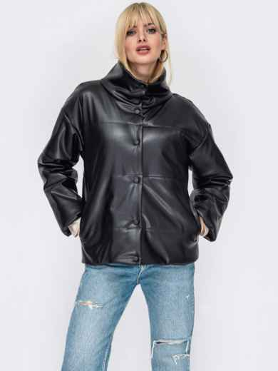 Черная демисезонная куртка из экокожи с воротником-стойкой 52988, фото 1
