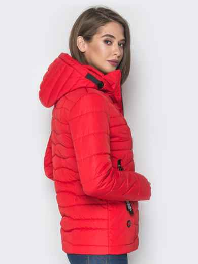 Красная куртка с воротником-стойкой и съёмным капюшоном - 20293, фото 2 – интернет-магазин Dressa