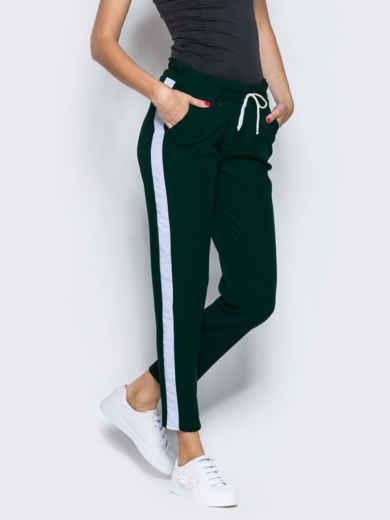 Зелёные брюки-спорт с белыми лампасами - 12761, фото 2 – интернет-магазин Dressa