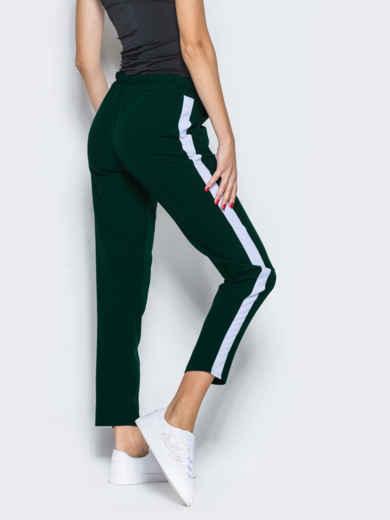 Зелёные брюки-спорт с белыми лампасами - 12761, фото 3 – интернет-магазин Dressa