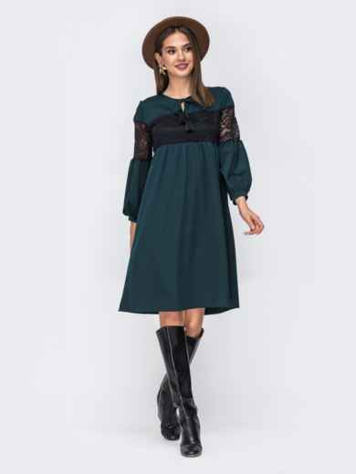 Платье зелёного цвета с гипюровыми вставками 42260, фото 1