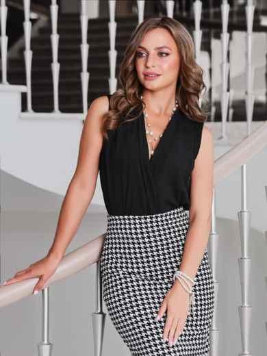 Блузка чёрного цвета с V-вырезом 40075, фото 1