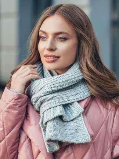 Базовий в'язаний шарф сірого кольору 55387, фото 1