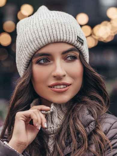 Бежевая шапка-колпак с напылением - 15506, фото 4 – интернет-магазин Dressa